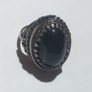 Vintage black stone silver ring